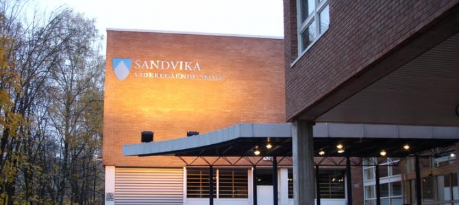 Loppemarked på Sandvika V.G.S  7. og 8. april 2018